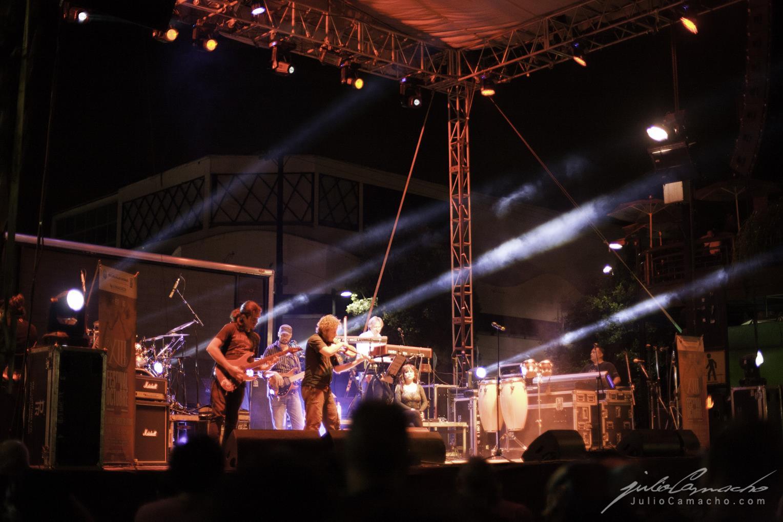 2014-10-30 31 CAST TOUR Ensenada y Tijuana - 1511 - www.Juli (Copy).jpg