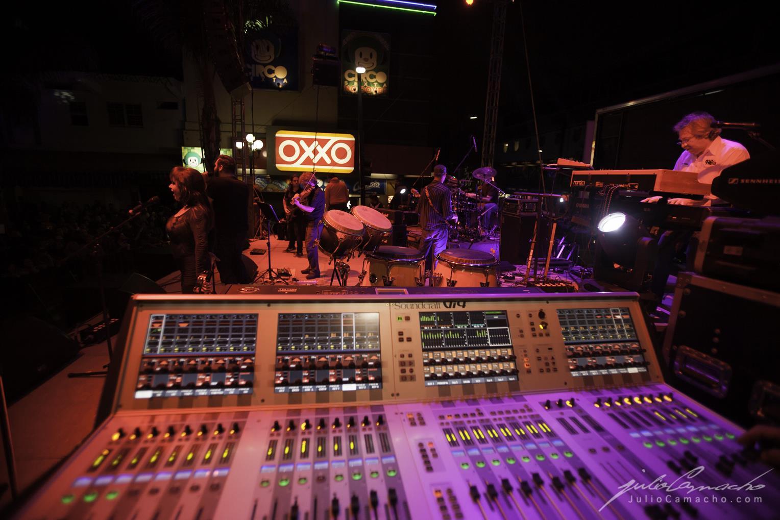 2014-10-30 31 CAST TOUR Ensenada y Tijuana - 1703 - www.Juli (Copy).jpg