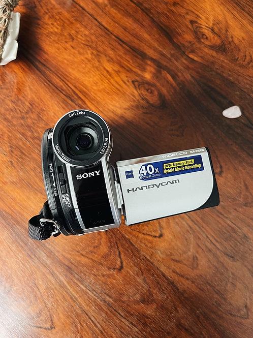 Filmadora Handycam Sony DVD-610 com cartão de memória