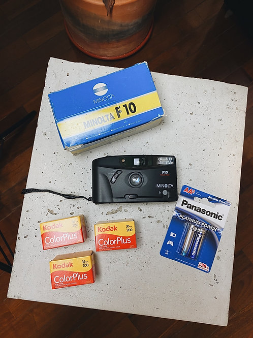 Kit Iniciante - Minolta F10 com 3 filmes e bateria