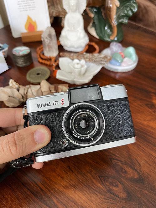 Câmera Olympus Pen S - 1950