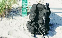 Photo roator traveler bcd in the sand