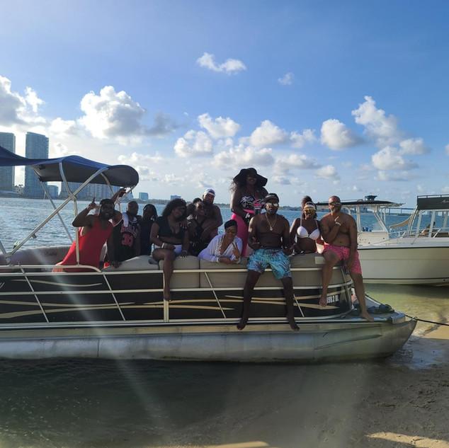 Boat rental3.jpg