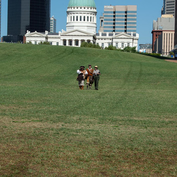Lewis & Clark: arch grounds