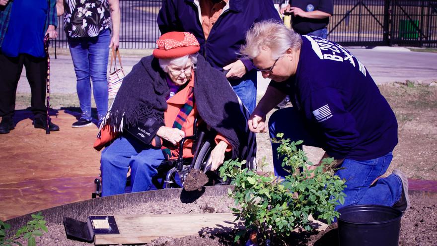 7_Wilda Planting.jpg