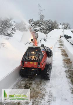 Mollens-Déneigements de route d'accès privée