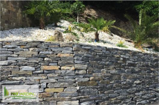 PROjardin_Paysagiste_creations_&_enretiensn_Espace_vert_Jardins_Valais_Savièse_mur_pierre_palmiers_g