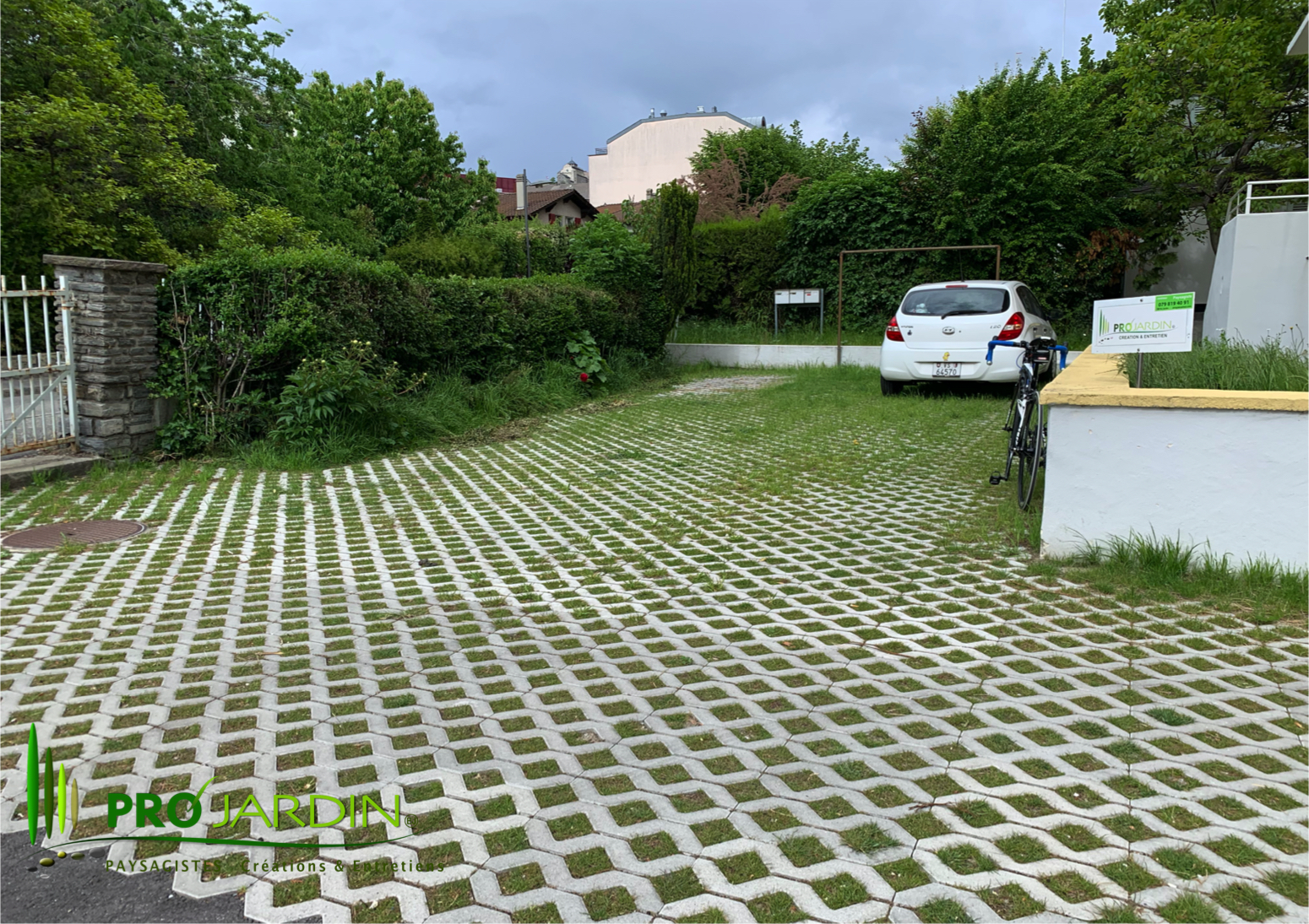 Parking_à_Sion_Terrasse_dallages_Traveau
