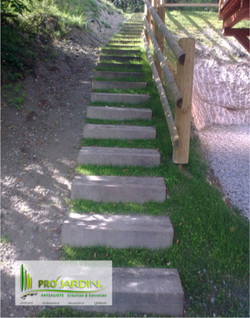 Escalier simple de jardin