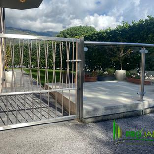 Clôture verre-inox, portillon de jardin