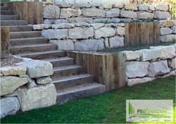 projardin_paysagiste_creations_&_enretiens_Valais_traverses_chemin_de_fér_bois_terrasses__escaliers_