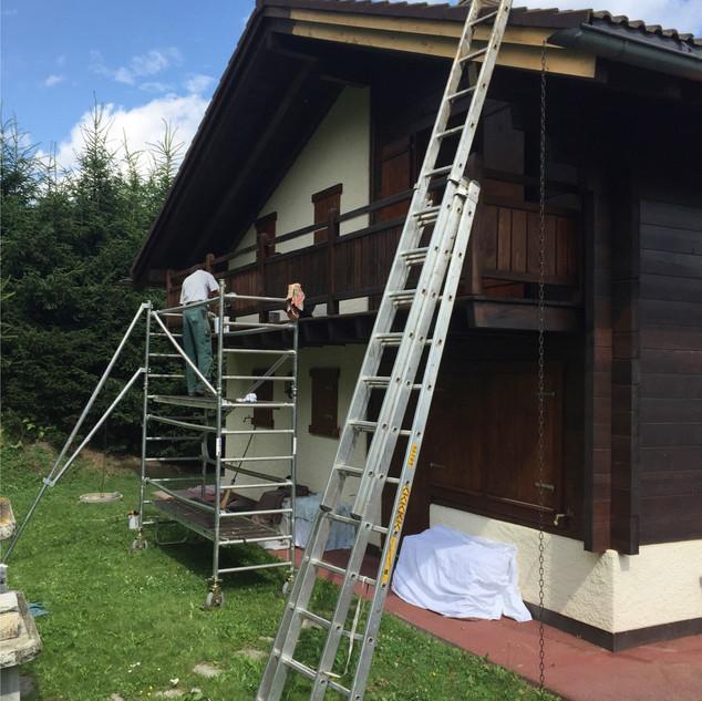 Chalets de montagne / entretien du bois et poncage