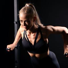 siłownia  sesja fotograficzna ćwiczenia