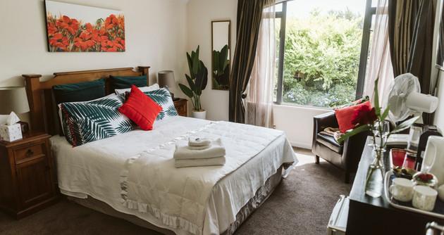 Poppy Suite room