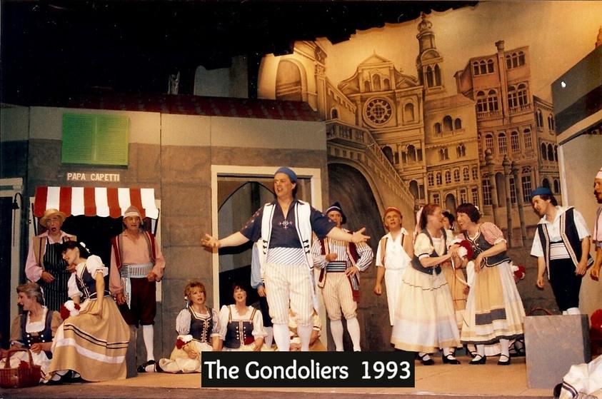 Gondoliers%2093_edited.jpg