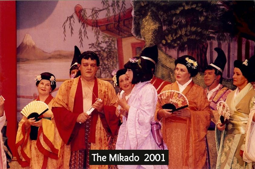 Mikado%202001%202_edited.jpg