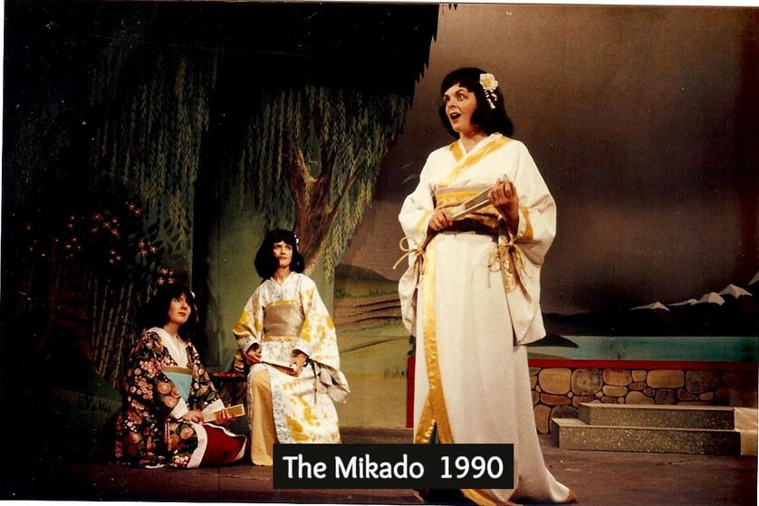 Mikado%2090_edited.jpg