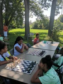 chess Ms Roz on duty[11501].jpg