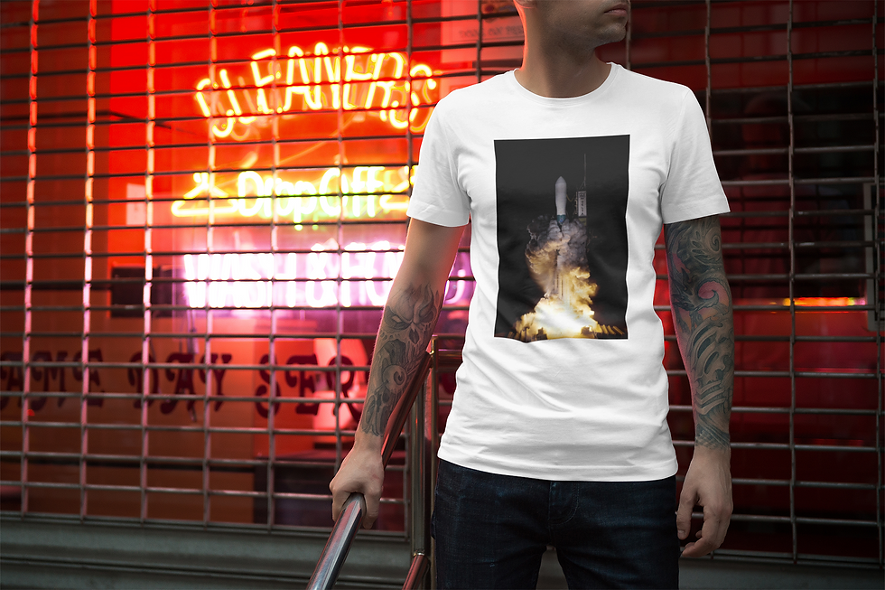 mockup-of-a-man-wearing-a-t-shirt-featur
