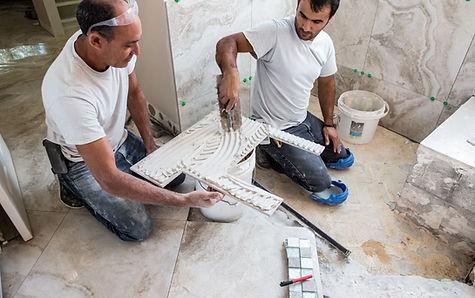 Installing-Marble-Tile-in-Shower-4996311