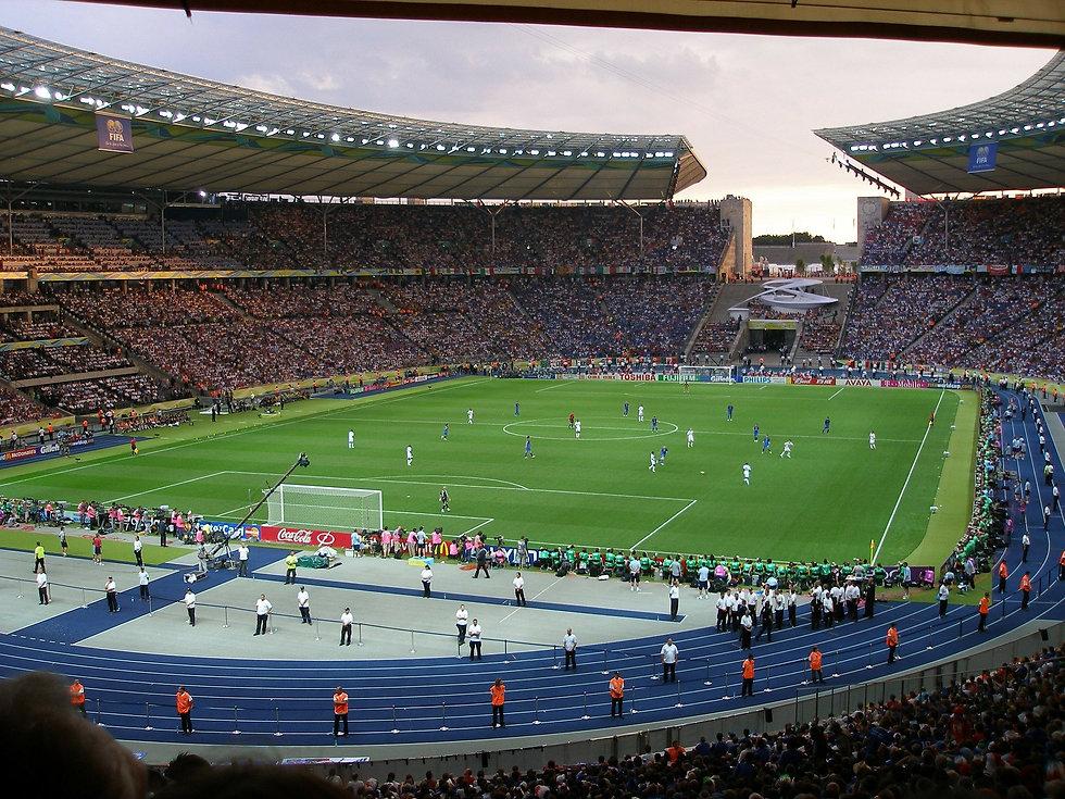 football-stadium-227561_1920.jpg