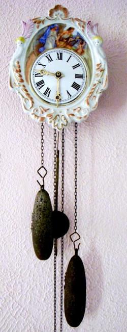 Black Forest Porcelain Shield Clock