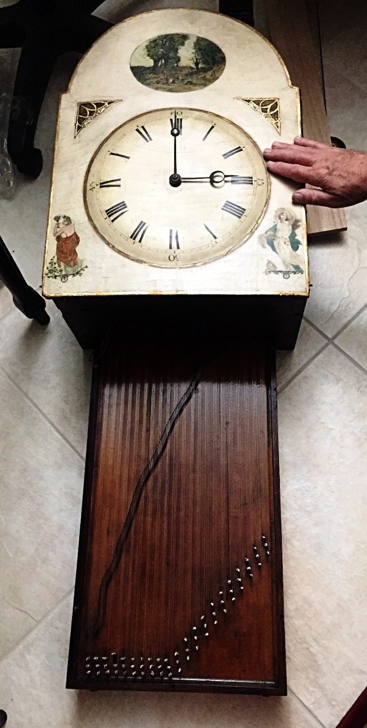 Black Forest Hackbrettuhr clock