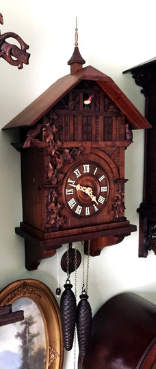 Black Forest GHS Singing Bird clock