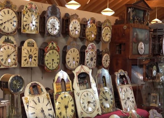 """2019"" Eisenbach Uhrenbörse Black Forest Clock Fair Show Video"