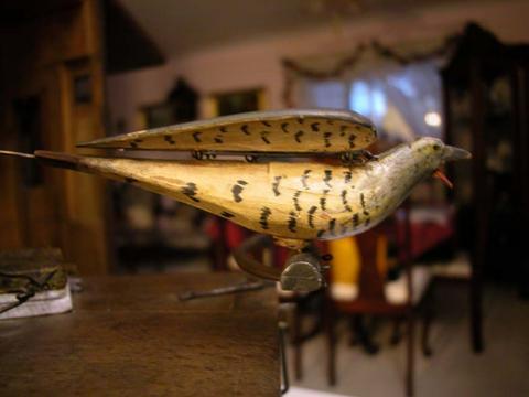 Beha 508 Large Cuckoo Bird