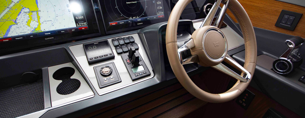 Steering and helm console