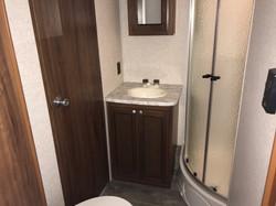 33BUDS Bathroom