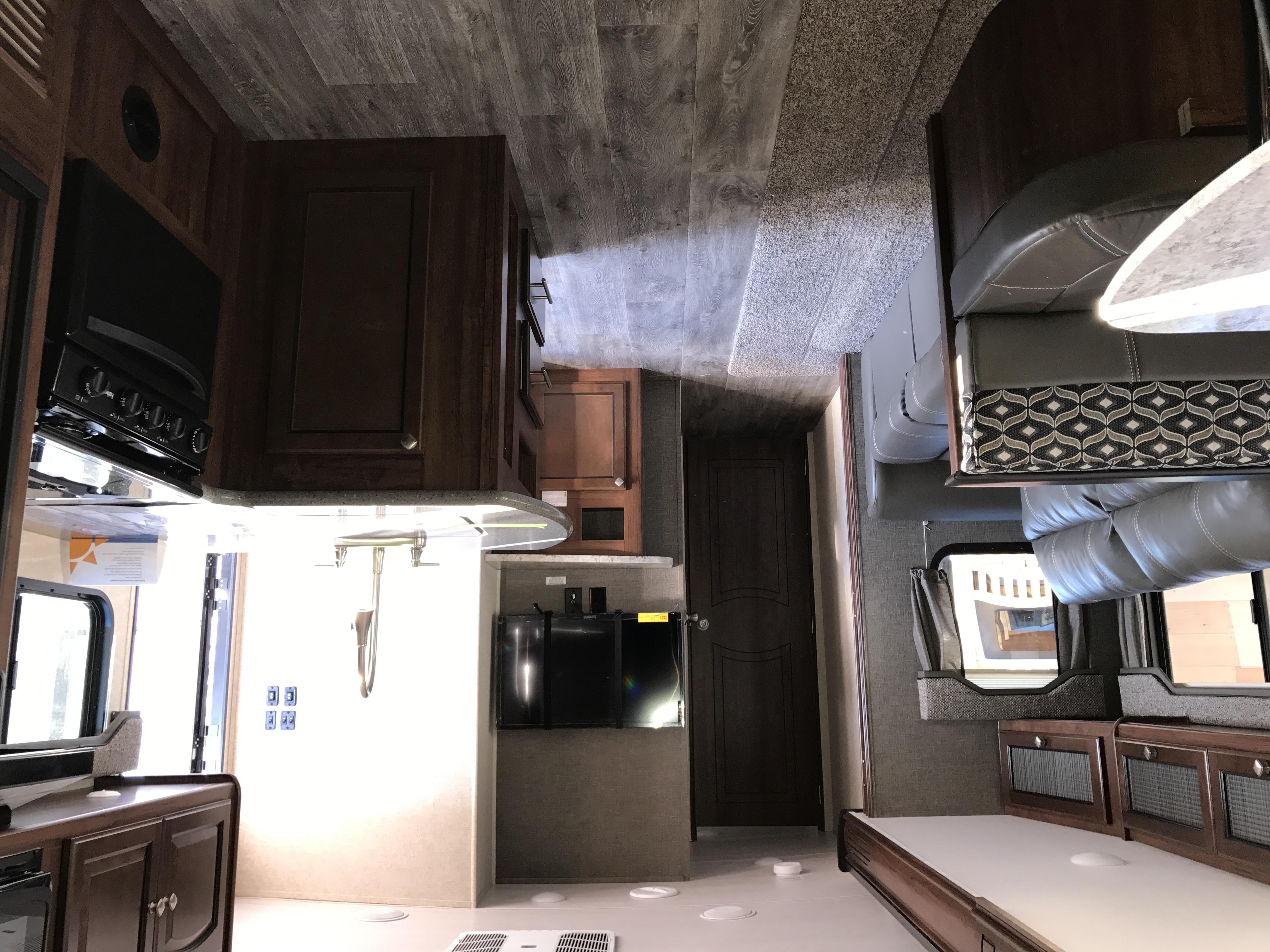 33BUDS Interior