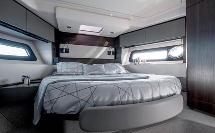 Amimut Fly 50 VIP Cabin.jpg