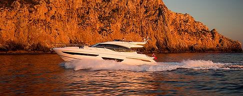 s65-exterior-white-hull-2_edited.jpg