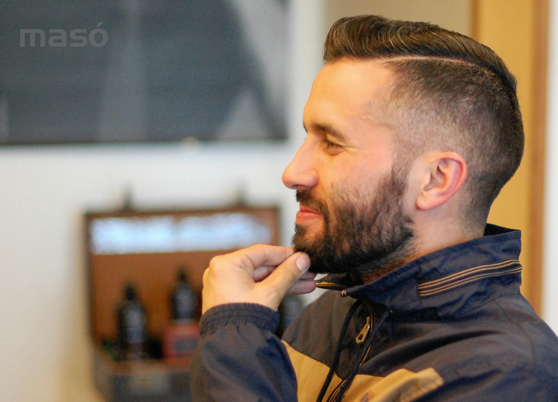 Marc_-_barberia_MASÓ_-_Banyoles_001.JPG