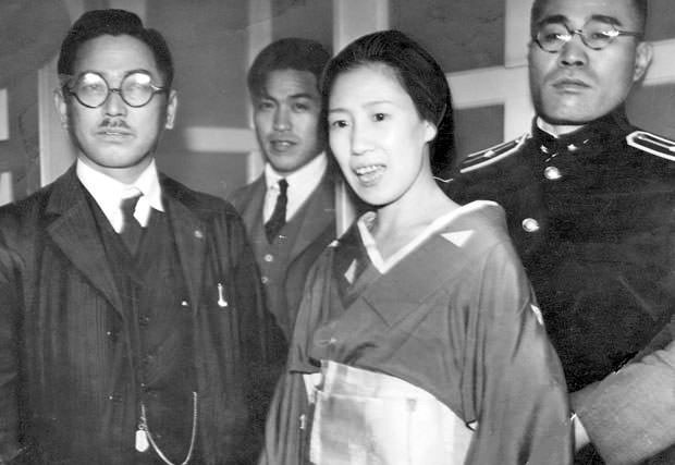 The real Sada Abe immediately after her arrest (May 20, 1936 at Takanawa Police Station)