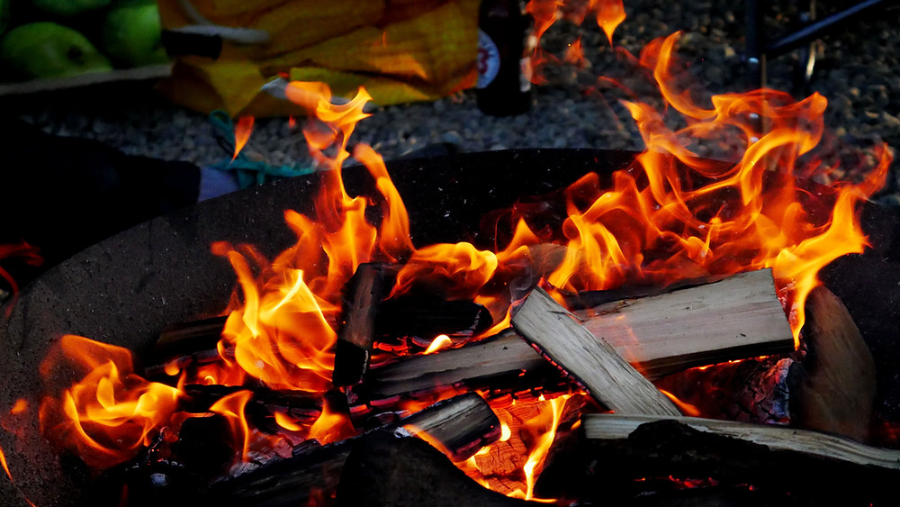 how to build a fire for fire cooking