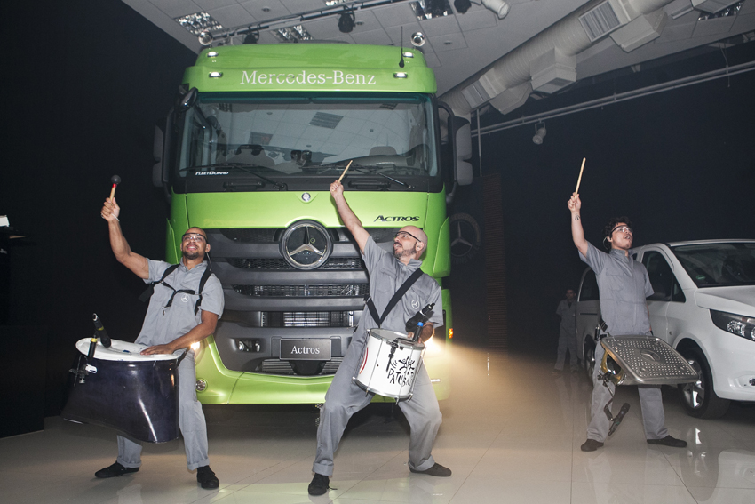 Mercedes Benz_Grupo Assobens_153