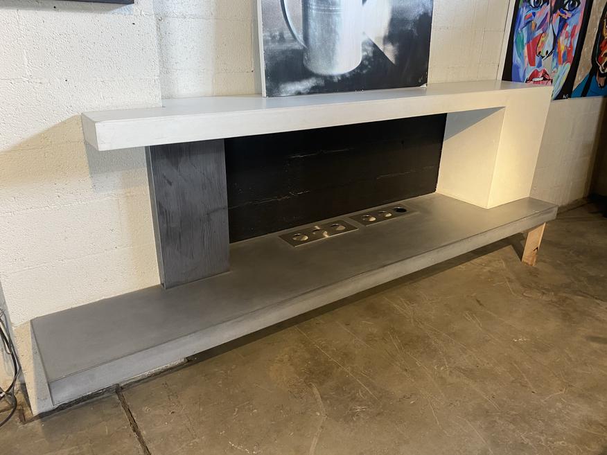 Indoor Alchohol Burning Concrete Fireplace Surround