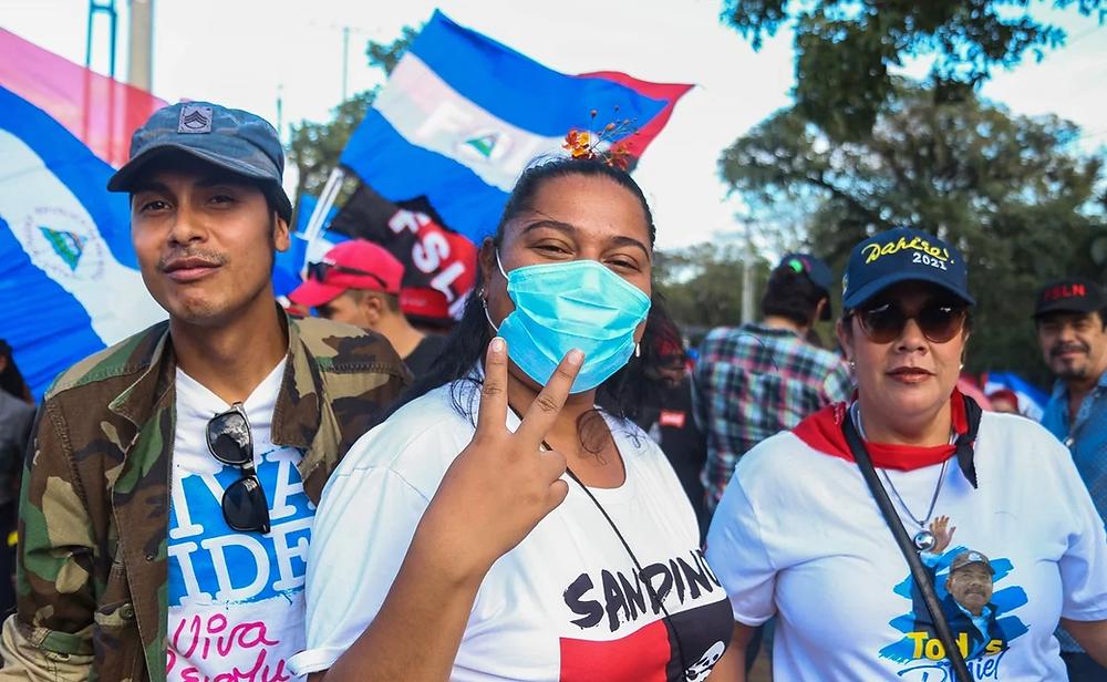 """Daniel Ortega llamó a marchar a sus simpatizantes en un evento denominada """"Amor en tiempos del Covid-19"""", poniendo en peligro salud de todo el país - Fotografía de AFP"""