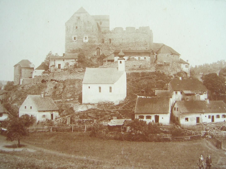 Die Burg aus südlicher Sicht