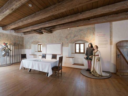 Der Rittersaal im zweiten Stock