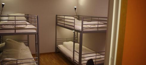 spoton-hostel-sportsbar14.jpeg