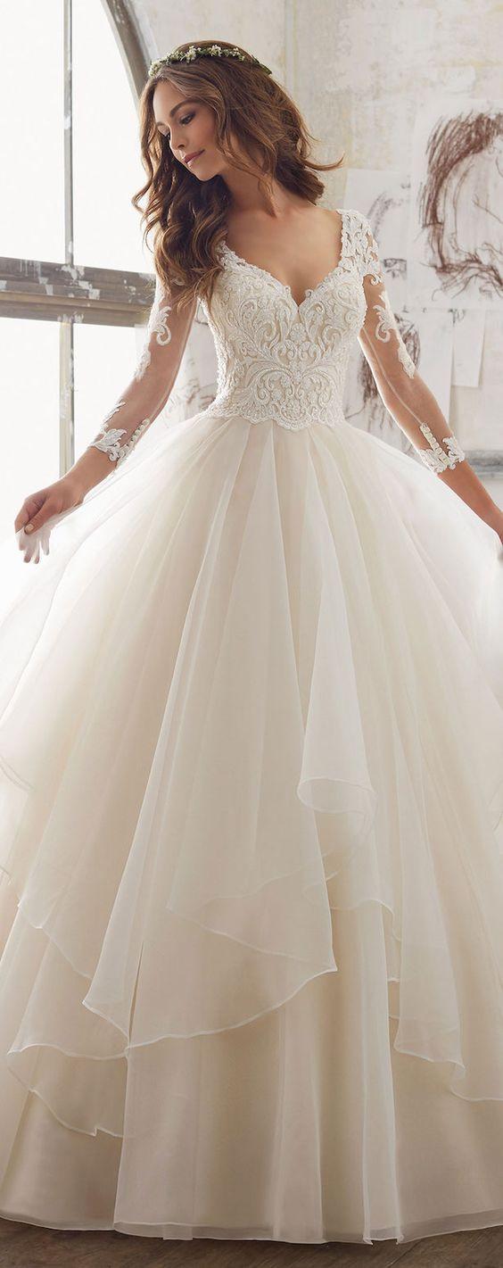 esküvői báli ruha