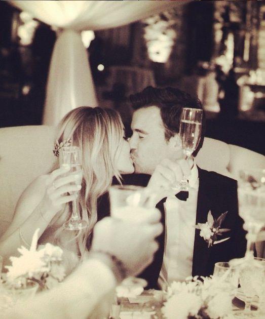 wedding cheers, esküvői pár köszöntő
