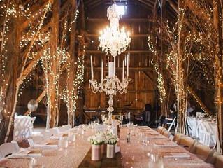 7 kreatív módja az esküvői fények függesztésének