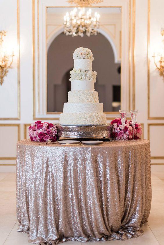 wedding cake-table,esküvői tortaasztal