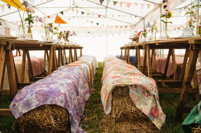 szalmabála esküvőre, fesztivál hangulat esküvőre