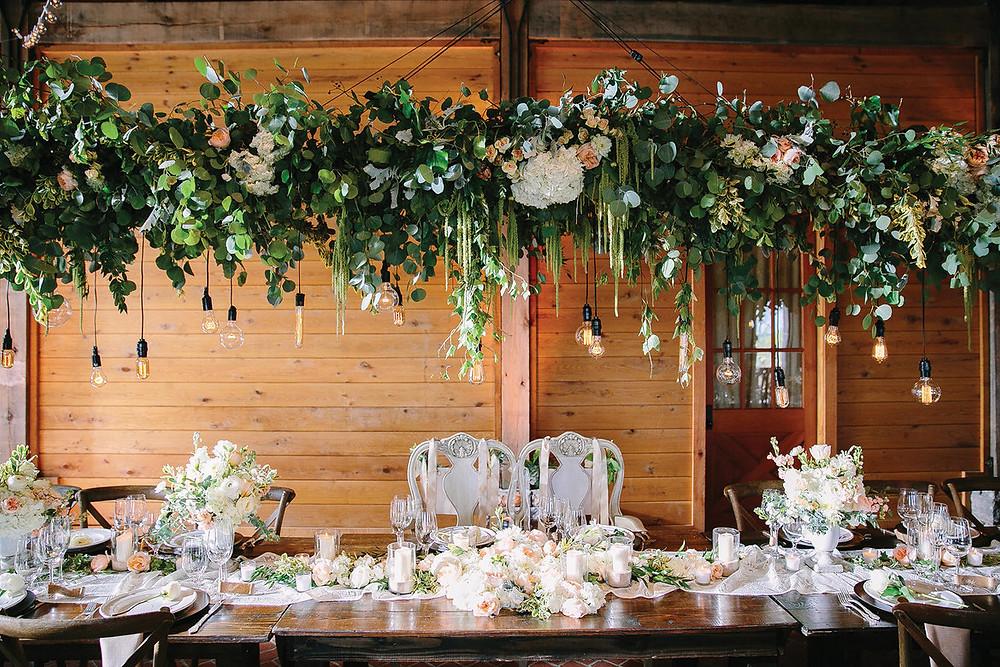 függő esküvői dekoráció
